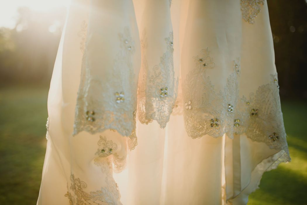 DETAIL DRESS Wedding of Yulius & Mia8